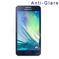 Защитная пленка для Samsung Galaxy A3 матовая