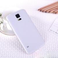 Ультратонкий пластиковый чехол для Samsung Galaxy S5 mini белый