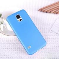 Ультратонкий пластиковый чехол для Samsung Galaxy S5 mini голубой