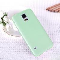 Ультратонкий пластиковый чехол для Samsung Galaxy S5 mini зеленый
