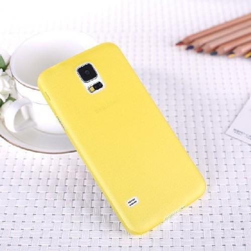 Ультратонкий пластиковый чехол для Samsung Galaxy S5 желтый