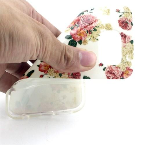 Силиконовый чехол для Samsung Galaxy S6 White and Rose Flowers